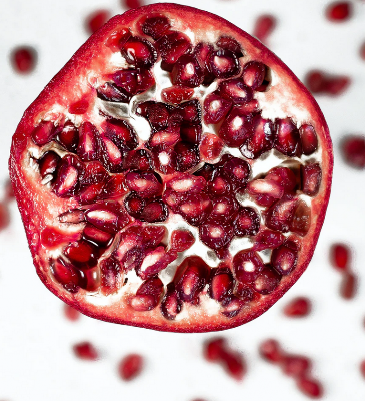 Pomegranate Sara Cervera Unsplash